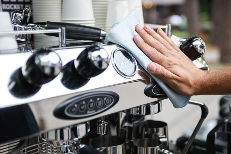 Nettoyer machine à café